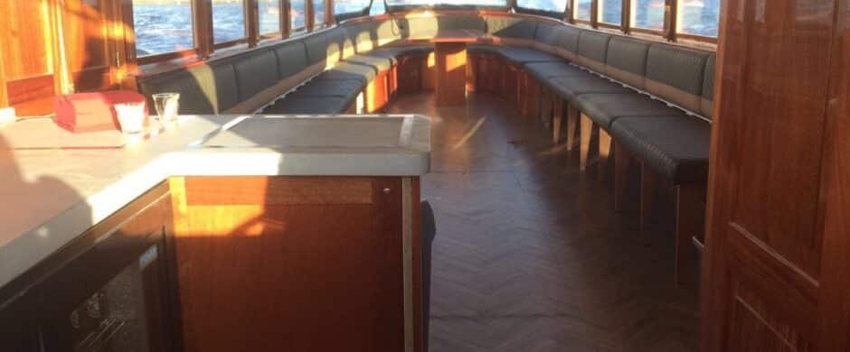 Salonboot IX