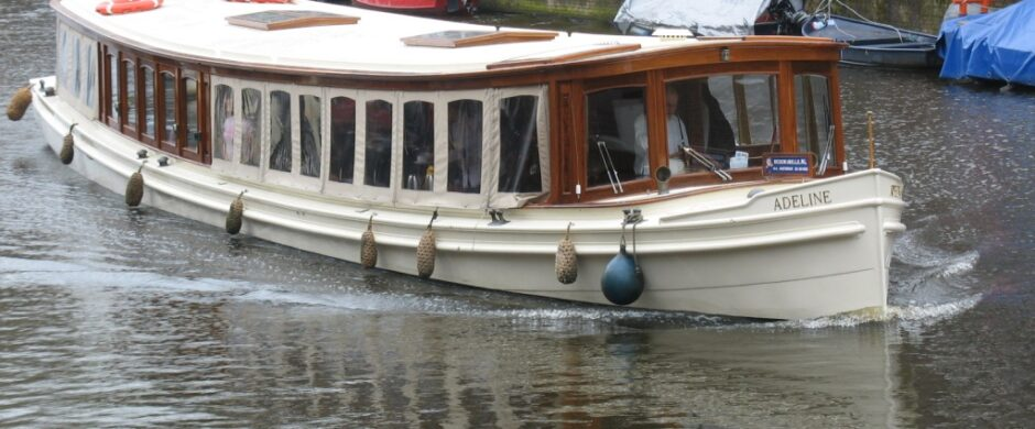 Salonboot XI
